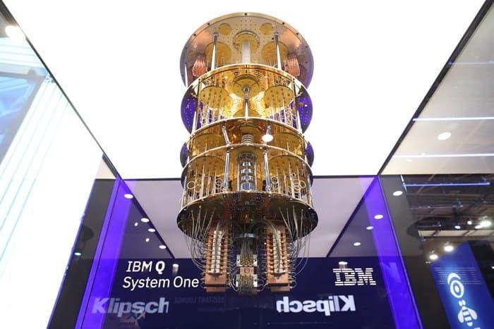 상용 퀀텀 컴퓨팅(양자컴퓨터) 시스템인 'IBM Q 시스템 원' ⓒ 갓잇코리아