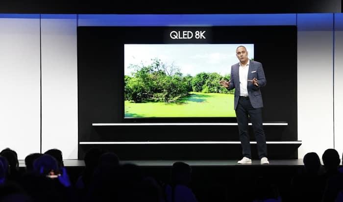 세계 8K TV 전쟁! CES 2019 삼성전자 프레스 컨퍼런스'에서 'QLED 8K' 98형 TV'를 소개했다 ⓒ 갓잇코리아