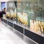 세계 최초 롤러블 올레드 TV인 'LG 시그니처 올레드 TV R'가 전시된 모습.(LG전자 제공) © 갓잇코리아