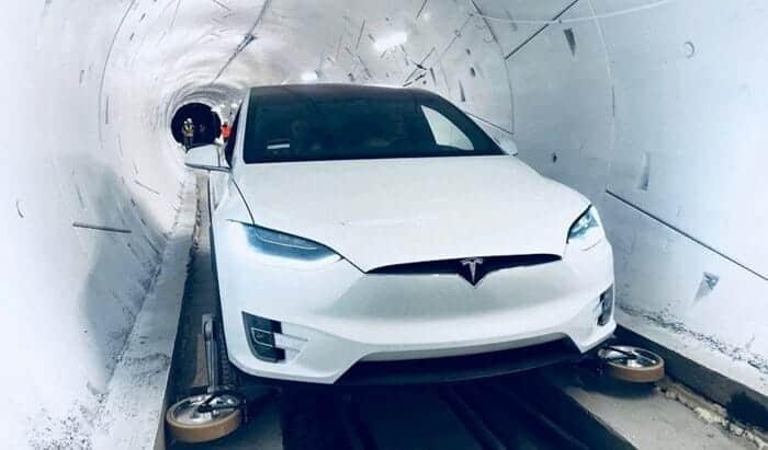 복잡한 LA의 교통체중! 일론머스크의 지하터널