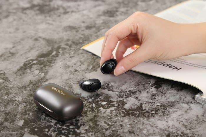 아스트로텍 코드리스 이어폰 'S60' 출시 ⓒ 갓잇코리아