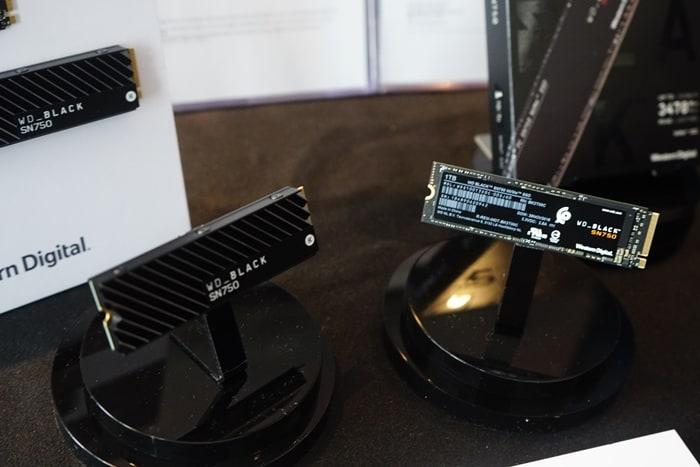 히트싱크가 탑재된 제품은 500GB 부터 옵션으로  제공(옵션 선택시 1만원 추가)