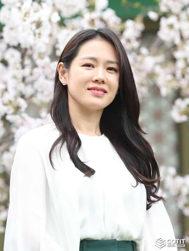 손예진, '절친' 이정현 결혼식 참석 ⓒ 갓잇코리아