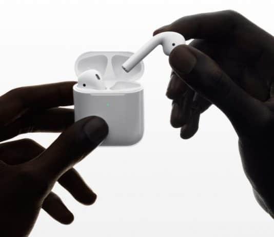 애플의 무선 이어폰 '에어팟' 2세대 제품(출처 : 애플 홈페이지)© 갓잇코리아