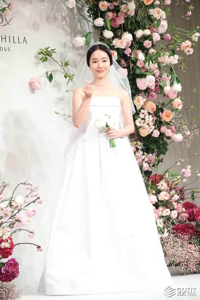 이정현, 오늘 결혼하는 '테크노 여전사' ⓒ 갓잇코리아