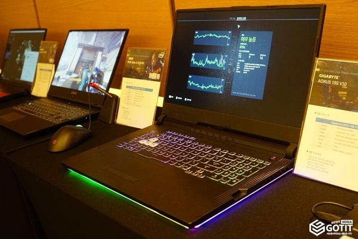 9세대 인텔 코어 H 모바일 프로세서가 탑재된 에이수스 스트릭스 시리즈 ⓒ 갓잇코리아