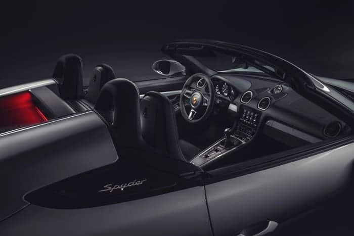 포르쉐 스포츠카 신형718 스파이더·카이맨 GT4 공개 ⓒ 갓잇코리아 / 사진출처 - 뉴스1