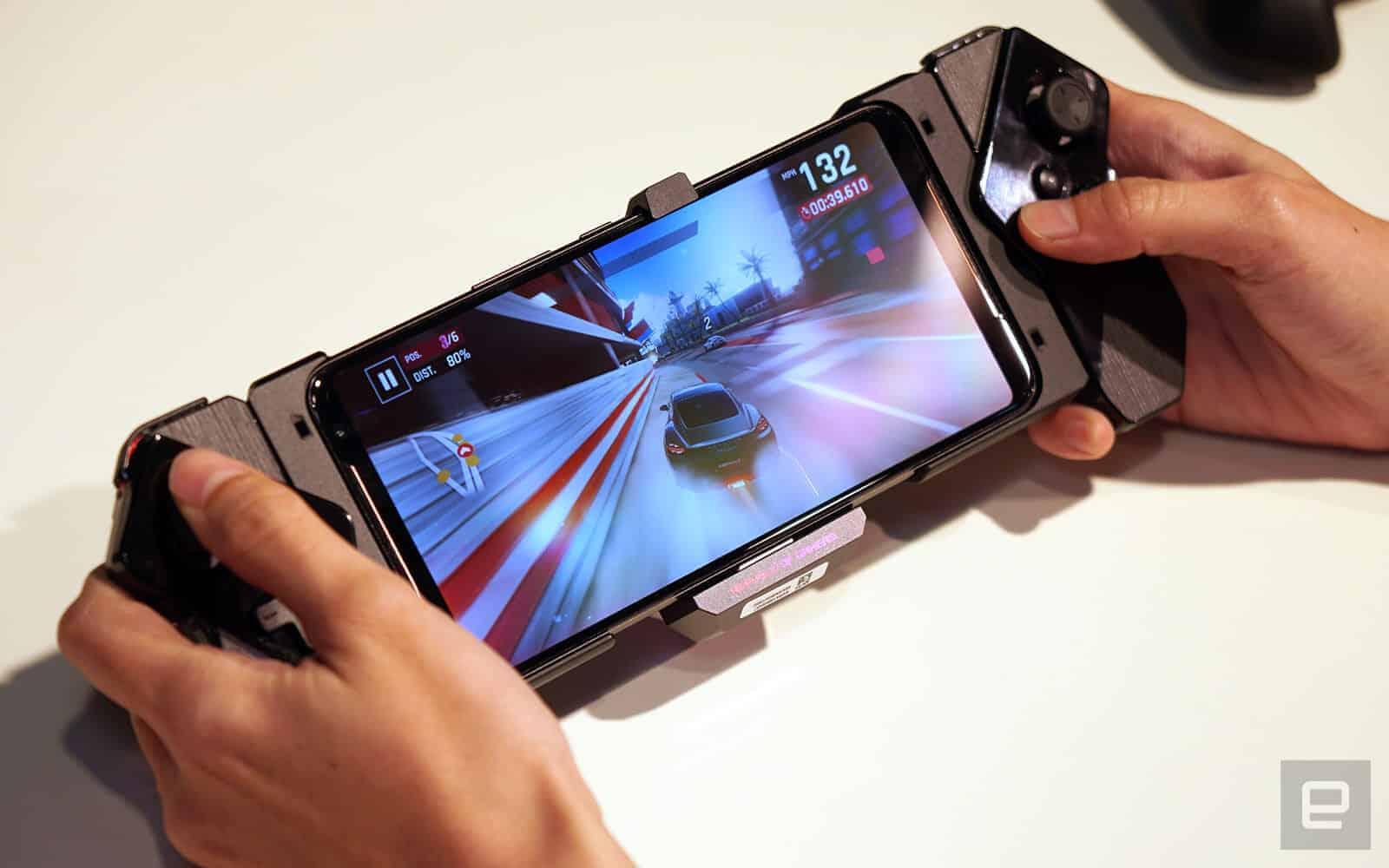 게이머를 위한 스마트폰! ASUS, 'ROG Phone 2' ⓒ Engadget 사진출처 / 갓잇코리아