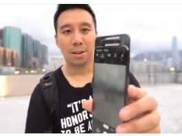 돌아가던 중 멈춘 갤럭시A80 '로테이팅 카메라' (트위터 ben sin 영상 갈무리) © 갓잇코리아
