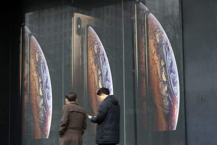 中 전용 아이폰' 출시 가능성 제기...'페이스ID 빼고 지문인식 탑재' ⓒ 갓잇코리아