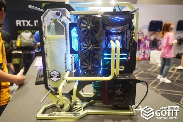 에이수스 그래픽카드와 최신 X570 메인보드가 조합된 커스텀 PC ⓒ 갓잇코리아