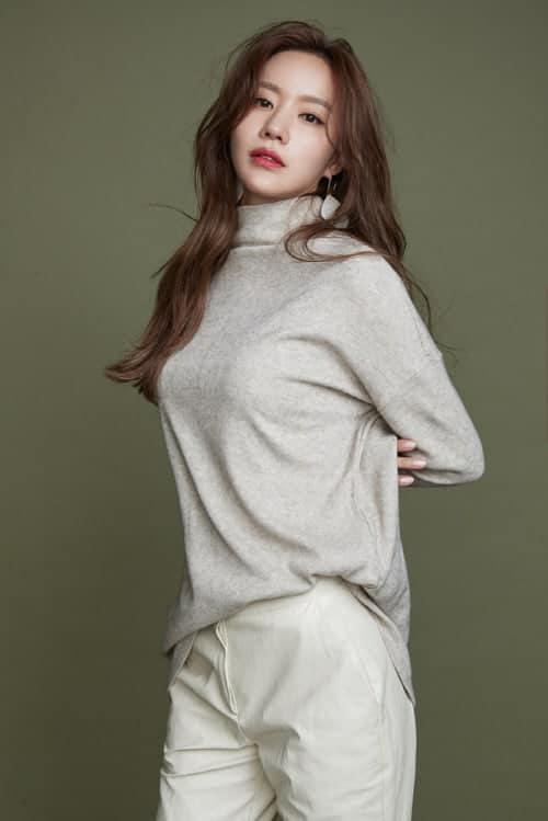 한혜연의 패션 바이블 브랜드의 19 겨울시즌 화보 / 김아중 ⓒ 사진제공 (엣지) / 갓잇코리아