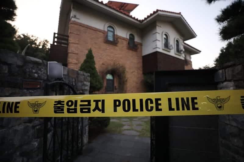 '사망 비보' 설리…성남 자택 폴리스라인 통제