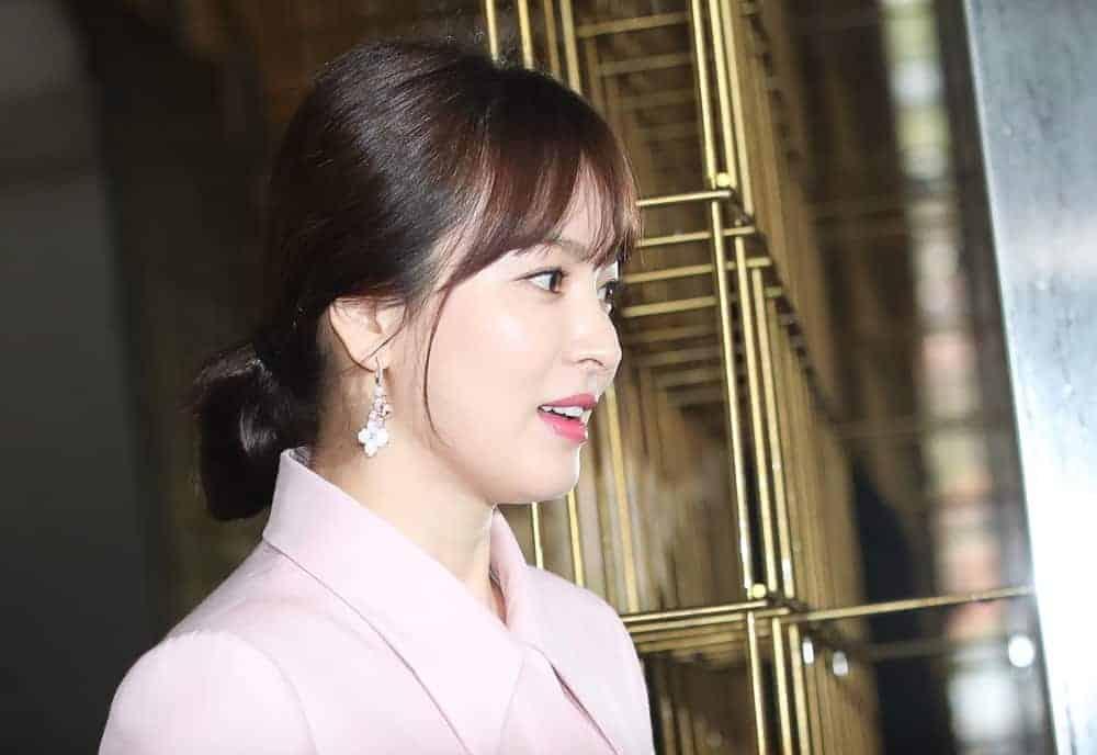 """송혜교, 이혼 후 첫 공식석상 취소…""""고인을 애도하는 뜻에서"""" ⓒ 갓잇코리아"""