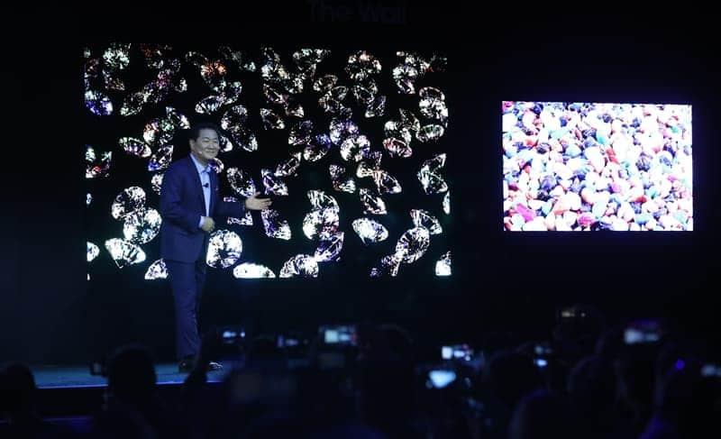 '마이크로 LED' TV 대중화 나선 삼성