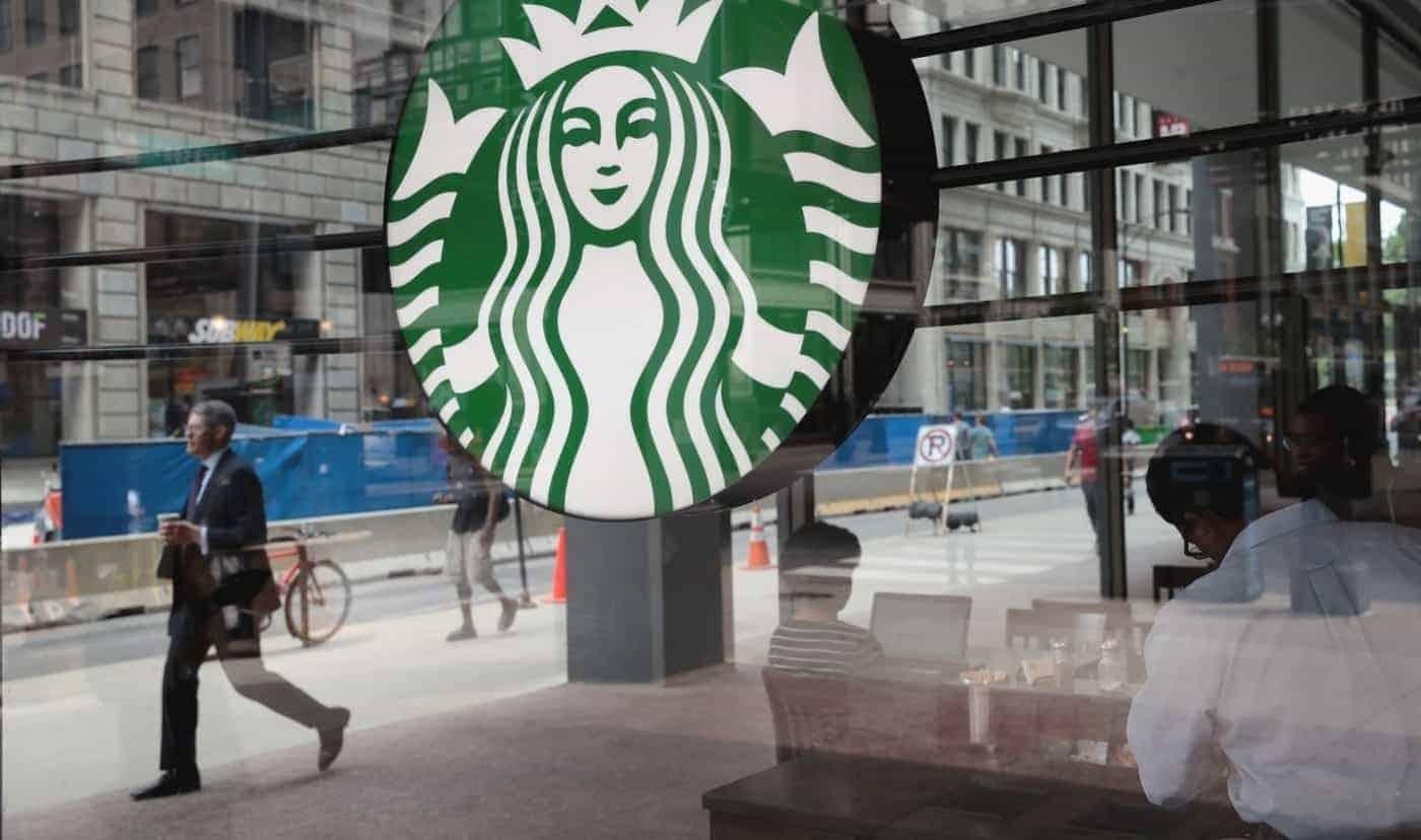 세계 대 유행 '코로나19'에 스타벅스의 결정은? 美캐나다 '매장 닫는다'