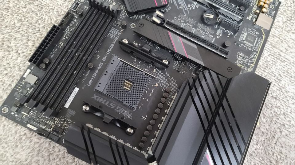 14+2 전원부로 라이젠3 CPU 완벽 지원