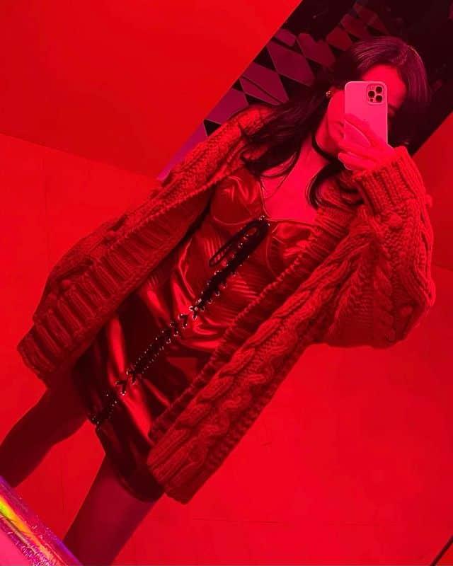 치명적인 매력 블랙핑크 지수 코르셋 드레스룩 - 지수 인스타그램 출처