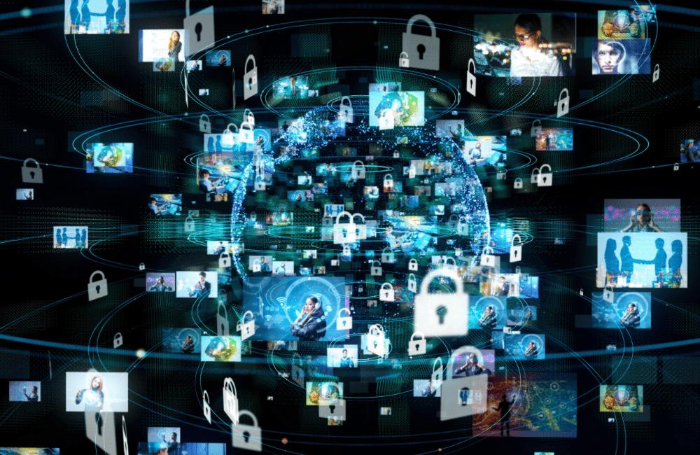 개인정보 유출이 심각해지면서 보안 대책이 시급하다