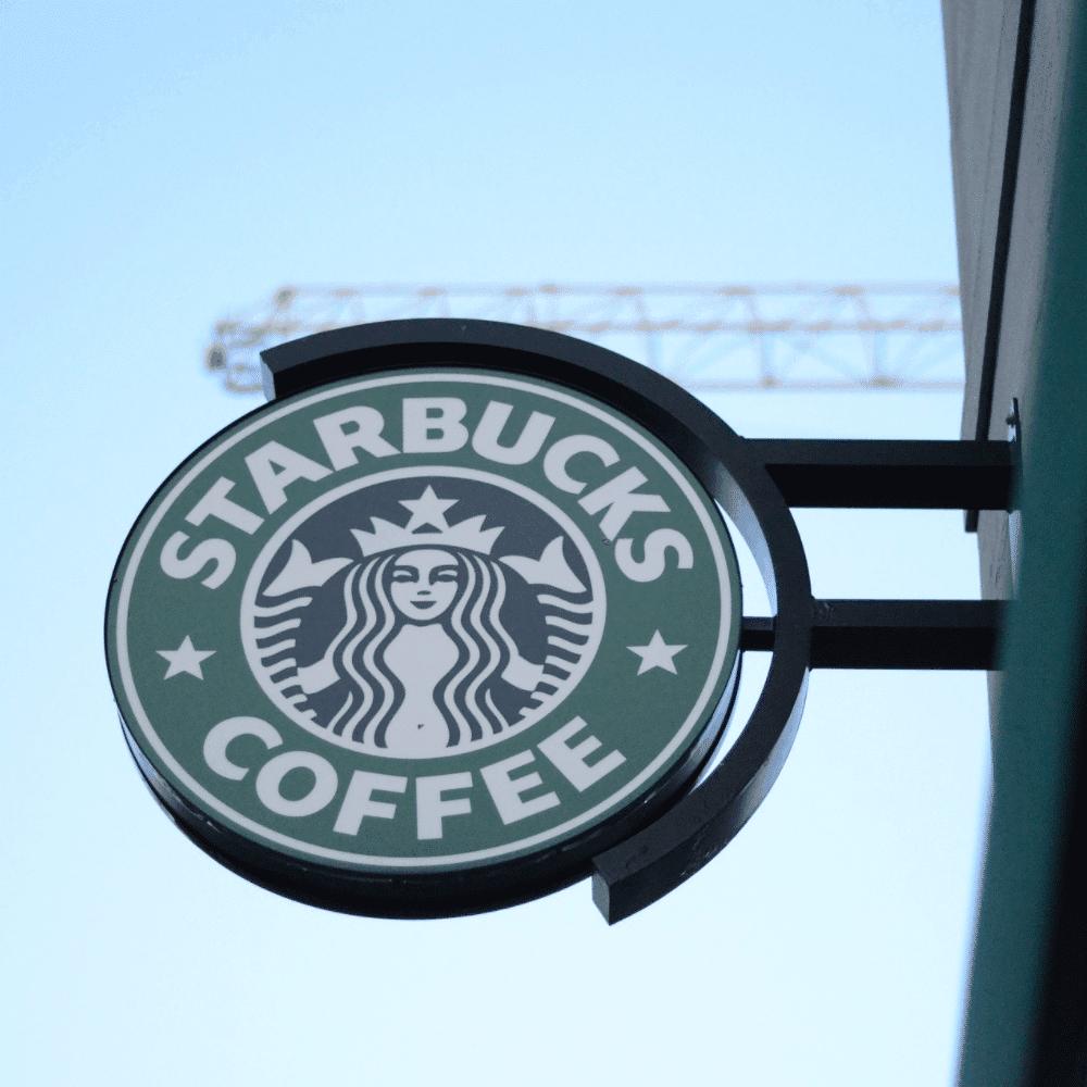 2020년 스타벅스에서 가장 많이 판매된 음료는?