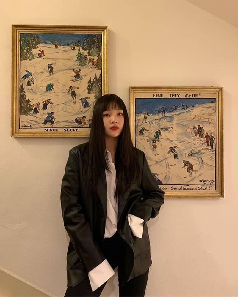 조이 벽 포스터 - 조이 인스타그램 출처