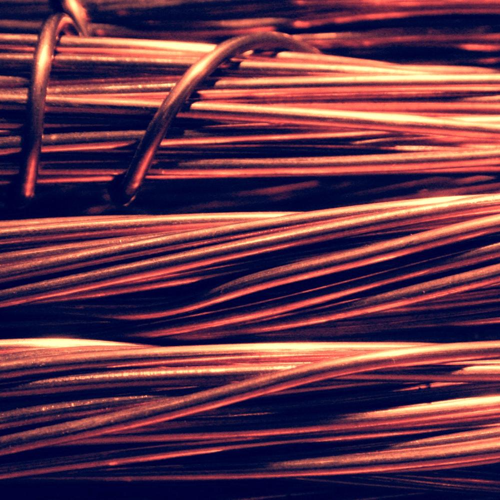 애플은 86만1000톤의 구리, 주석, 아연 원광 채취 감소 및 플라스틱, 종이 소모량 효과를 거뒀다고 밝혔다