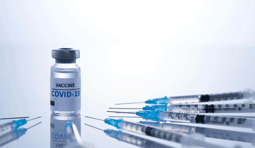 올해 전 세계적으로 약 20억회 분의 백신이 투여되고 있는 상황이다