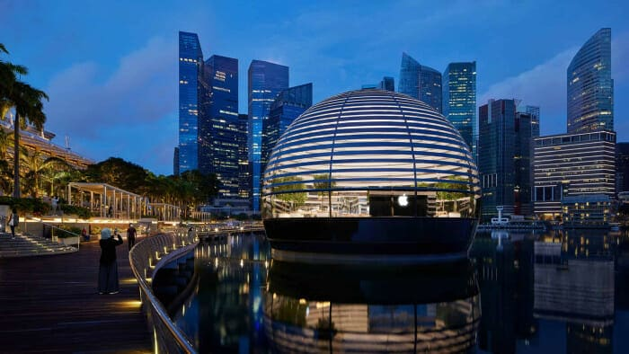 새 애플 스토어는 1백14개의 유리로 구성된 돔 형태의 건물이다 / 애플 제공