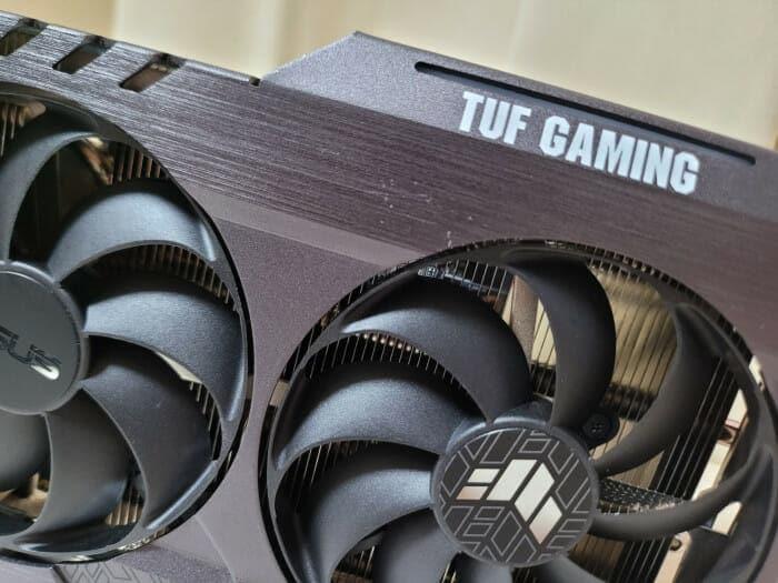 트리플 팬 장착! 쿨링성능 설명할 필요없는  ASUS TUF Gaming RTX 3060Ti